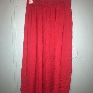 White stag maxi skirt